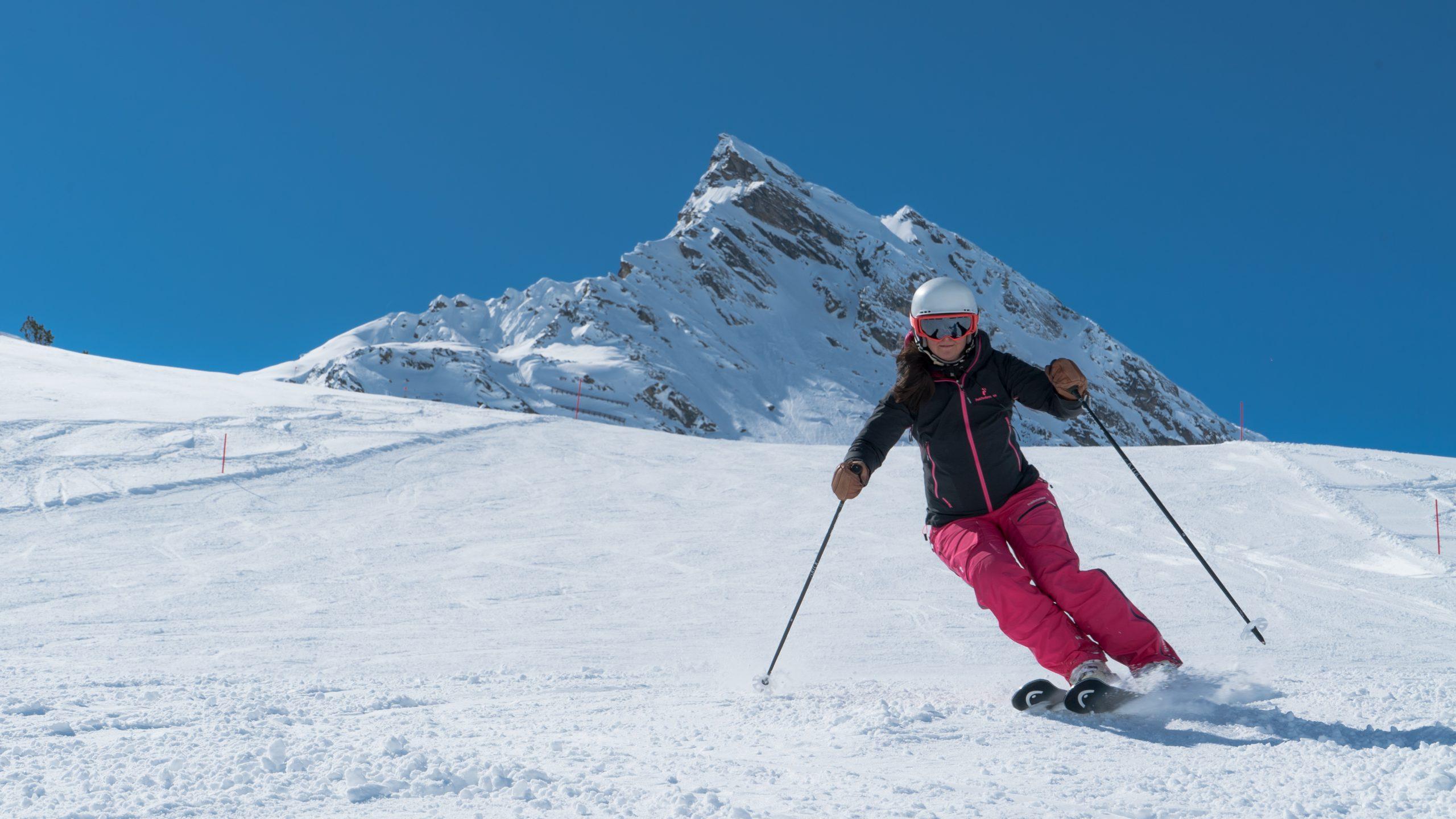 Schneesicher Skifahren im Tiroler Luftkurort Galtür, Paznauntal, Tirol, Österreich